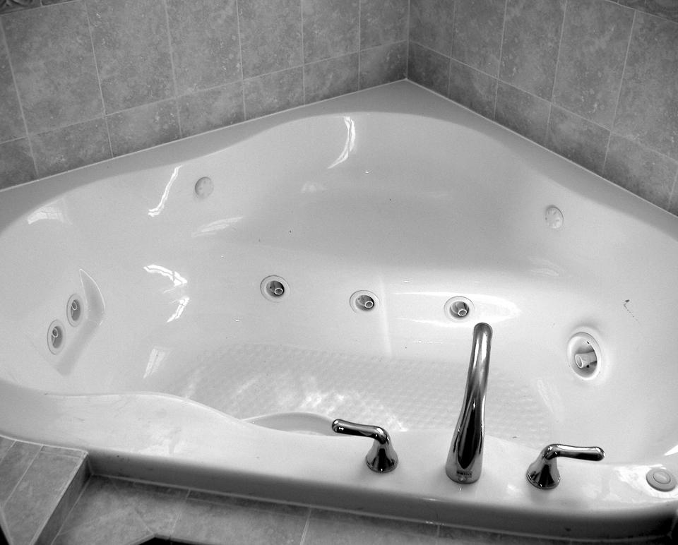 Jacuzzi Tub Faucet Ejn General Contractor Bathrooms